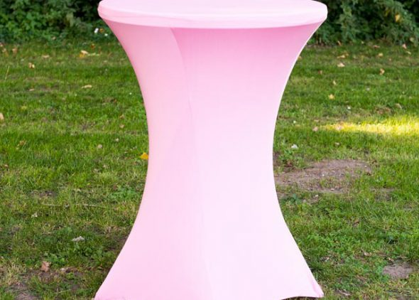 Roze statafelrok huren in Leiden